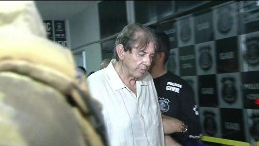 frame_00_16_45.233_1-520x293 João de Deus passa 1ª noite na cadeia após ser preso suspeito de abusos sexuais