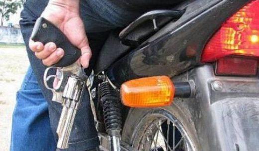 moto-520x304 Homem tem moto e celular tomados de assaltona zona rural de Monteiro