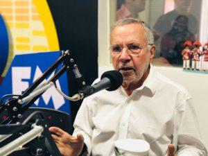 whatsapp-image-2018-07-27-at-19-02-34-1-300x225 Ex-deputado Carlos Batinga não tem previsão para seu futuro político