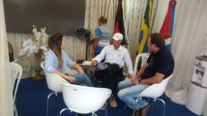 z-300x169 Prefeita Anna Lorena transfere gabinete para FEIRA DE CAPRINOVINOCULTURA.