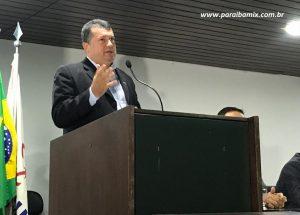 003-2-300x215 Novo presidente da FAMUP garante boa relação com Associação dos Municípios do Cariri