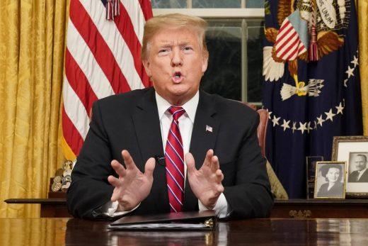 15470012485c355da086448_1547001248_3x2_lg-1-520x347 Em fala à nação, Trump reitera que manterá governo fechado até muro ser aprovado