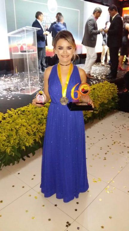 Clara-1-432x768 Gerente do Armazém Paraíba filial Monteiro recebe prêmio Top 10