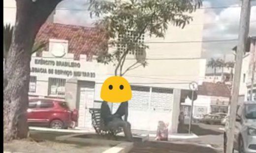 IMG_20190125_180820_342-870x522-520x312 Em Guarabira, casal é flagrado em cenas de sexo próximo a catedral e MP