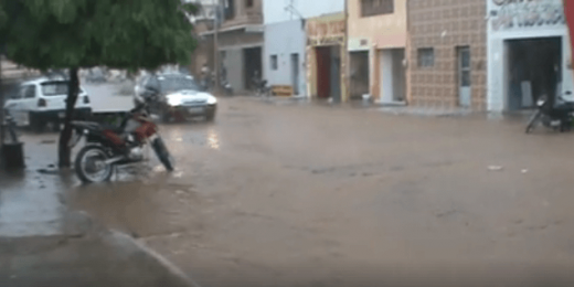 chuvas-520x260 Chove forte em Monteiro no Cariri da Paraíba nesta segunda-feira