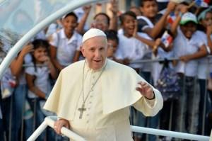 d6e9e0fdc17bec8d3a75fb88e784eb4a3b0d47a4 Papa Francisco pede paz para os venezuelanos