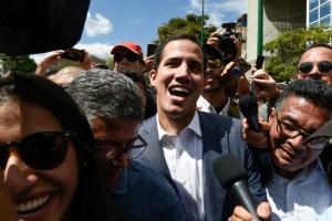 dc407f8fa4f9fc7db7e817f47f7a4c8343a69e18 Guaidó admite conversas com membros do governo