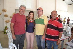 ndice Vereadores participam ativamente de reunião com presidentes de associações