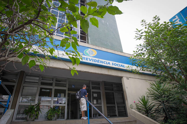15459204285c24dfacd4888_1545920428_3x2_md-520x347 Governo Bolsonaro prepara medidas contra calotes na Previdência Social