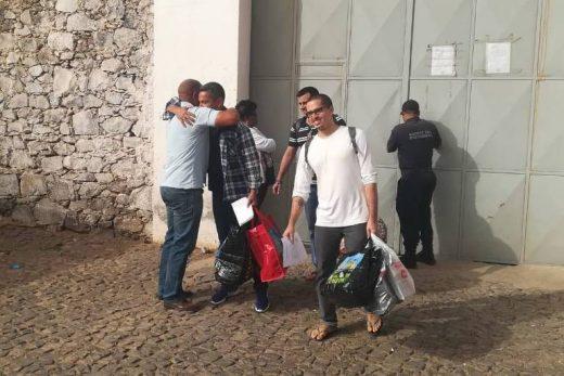 15495704585c5c919aad06a_1549570458_3x2_md-520x347 Brasileiros são soltos em Cabo Verde após 18 meses na prisão