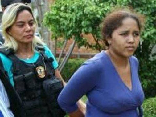 15a5590179dfff6127165d85f7580e3e9da49b4c-506x380 Mãe mata a filha de 3 anos, tortura e estupra com cano