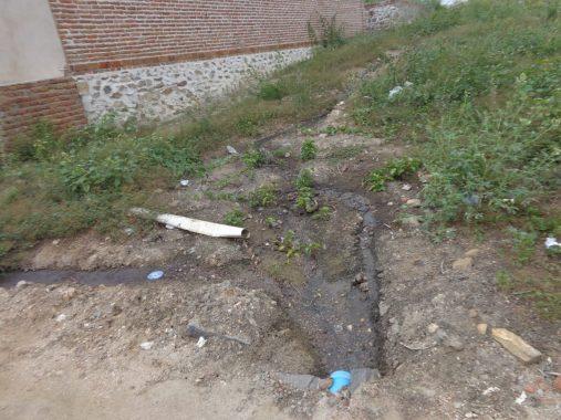 33-507x380 Moradores denunciam esgoto e falta de saneamento em São Sebastião do Umbuzeiro
