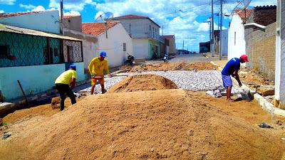 52944369_1232592343569708_3558585214546477056_n Prefeitura de Zabelê inicia mais uma obra de pavimentação com recursos próprios