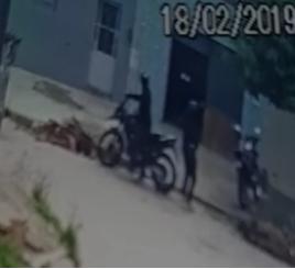 ass Comerciante é assaltado em Monteiro, Veja vídeo