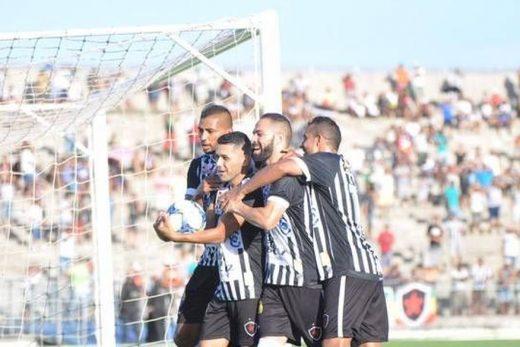botafogo_-_vitoria-520x347 Botafogo-PB vence CSP e segue firme na liderança