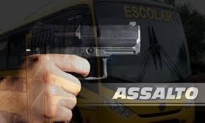 onibus Ônibus de estudante é assaltado em Sertânia