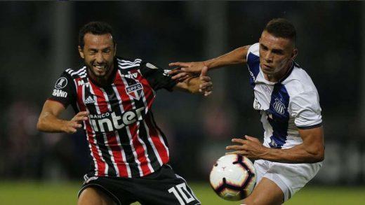 sp-520x293 São Paulo perde em estreia na Libertadores
