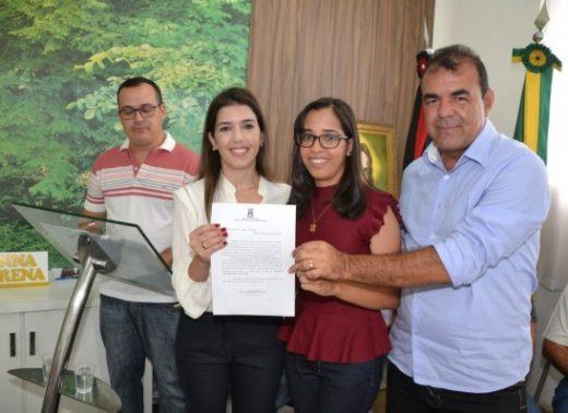 timthumb-6-520x378 Prefeitura de Monteiro realiza oitava cerimônia de posse de concursados