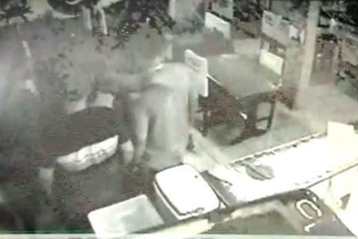 tiroteio_bar_policiais-520x347 Polícia divulga vídeos que mostram momento da morte de militar por policiais civis