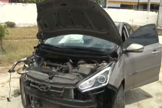 veiculo_clonado-1-520x347 Polícia prende homem suspeito de abandonar carro clonado após colisão em Campina Grande