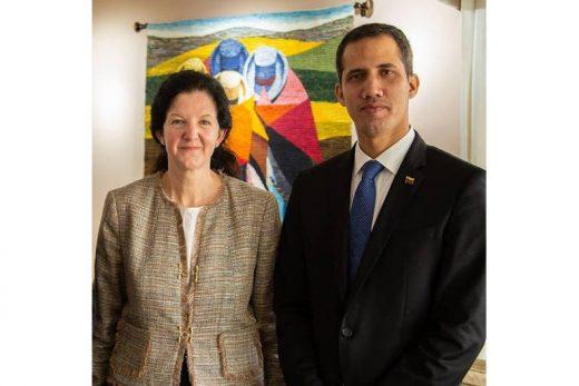 15513978385c7873ce928b1_1551397838_3x2_md-520x347 Prisão de Guaidó seria 'último erro' de Maduro, diz secretária adjunta dos EUA