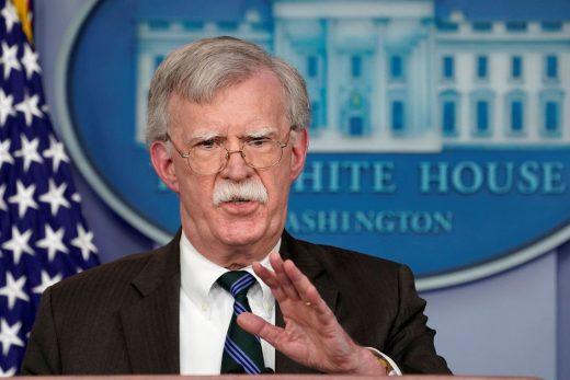 2019-01-05t133735z_595990221_rc119a8ffa80_rtrmadp_3_mideast-crisis-syria-arms-520x347 EUA podem aumentar sanções contra Venezuela, diz assessor especial