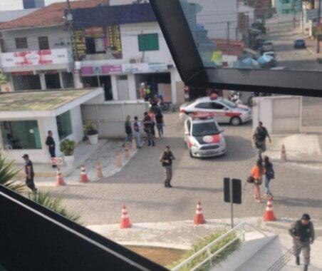 MASACRE-CG-452x380 Polícia Militar cerca universidade Facisa em Campina Grande após ameaça de atirador