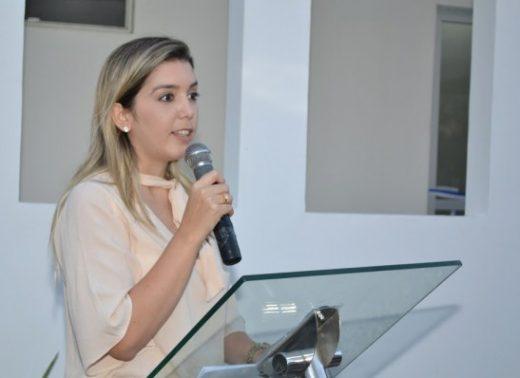 ana_lorena_novo-520x378 Prefeita de Monteiro pleiteia construção escola técnica junto ao Estado