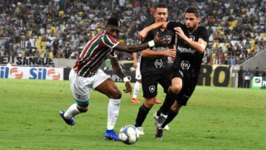 corinthias-520x294 Fluminense e Botafogo empatam em duelo Ganso x Diego Souza