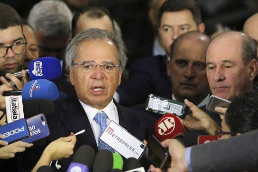 paulo-guedes-520x347 CCJ da Câmara começa a analisar reforma da Previdência esta semana