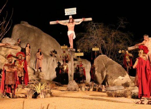 timthumb-30-520x378 Ingressos para a Paixão de Cristo em Nova Jerusalém são vendidos em Monteiro