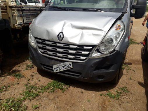 van-da-prefeitura-de-monteiro-acidente-507x380 Van da prefeitura de Monteiro se envolve em acidente