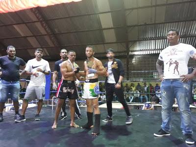 11 Atleta de Monteiro disputa eventos em Pesqueira enquanto se prepara para Campeonato Brasileiro de Kickboxer