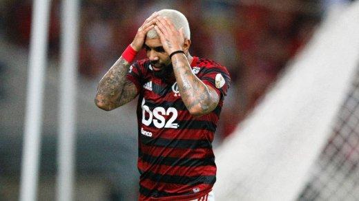 A-520x292 Mesmo com Maracanã lotado, Flamengo perde para o Peñarol com gol no final