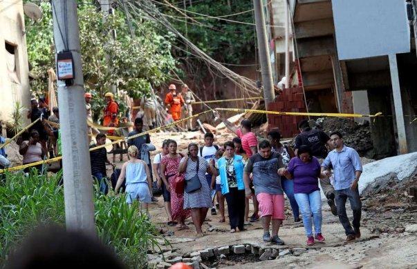 RIOPREDIOSCRIANÇAS-603x390 Corpos de 2 crianças são encontrados sob escombros na Muzema
