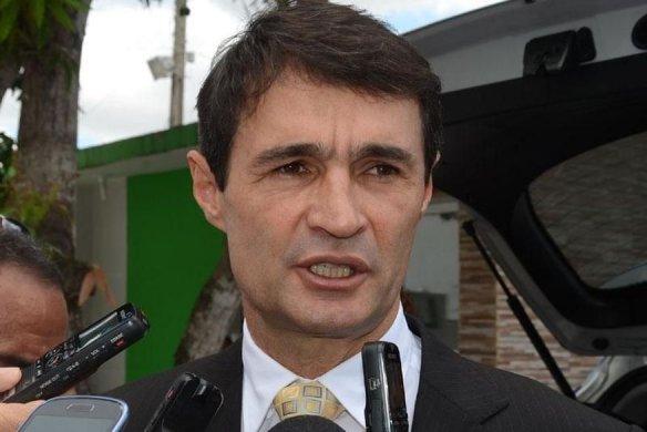 Romero-Rodrigues_prefeito-Campina-Grande-584x390 Romero anuncia saída do PSDB e filiação ao PSD