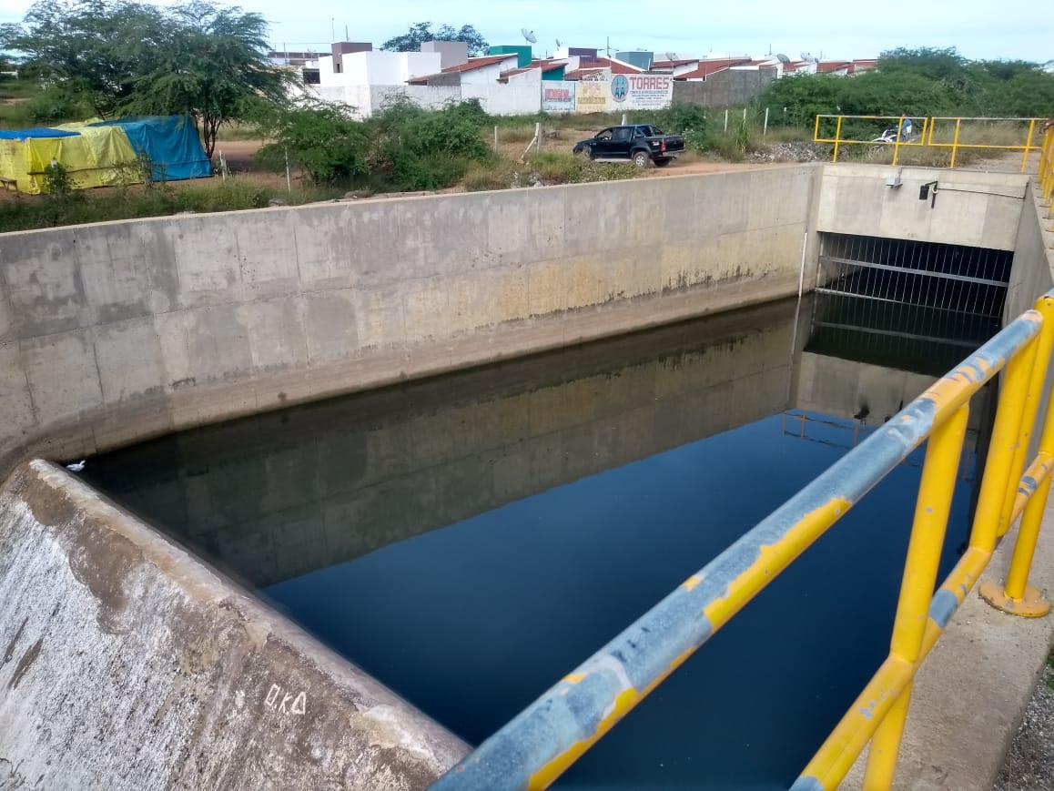 WhatsApp-Image-2019-04-29-at-12.28.00-520x390 Transposição do Rio São Francisco totalmente abandonada em Monteiro