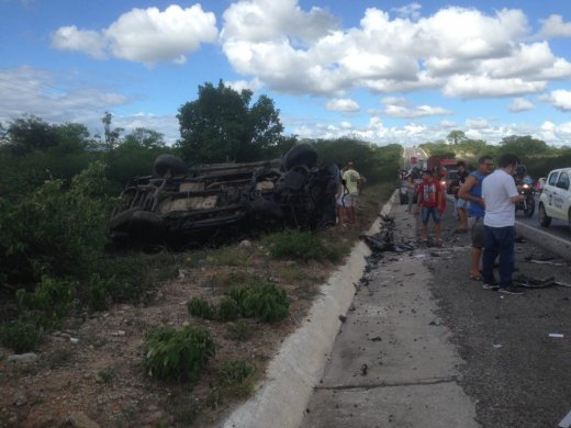 Zequinha_Correios_01-1024x768-520x390 Ex-vereador de Sertânia Zequinha dos Correios morre em acidente de trânsito