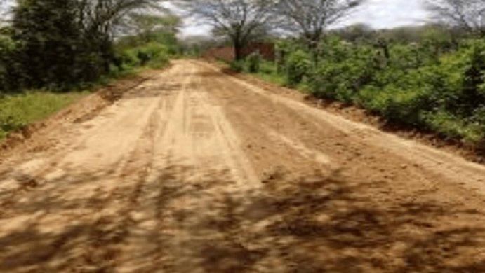 estrada-zona-rural-monteiro-691x390 Prefeitura de Monteiro realiza manutenção de estradas na zona rural