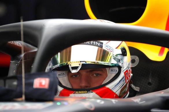f1-verstappen-585x390 Verstappen fica furioso após ter sido ultrapassado em volta de aquecimento