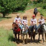 fotos-da-13ª-cavalgada-da-integracao-do-cariri-em-monteiro-17-150x150 FOTOS: 13ª Cavalgada da Integração do Cariri reúne centenas de cavaleiros em Monteiro.