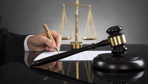 justiça-636x360-520x294 Blogueiro é processado por danos morais causados contra a prefeita de Monteiro