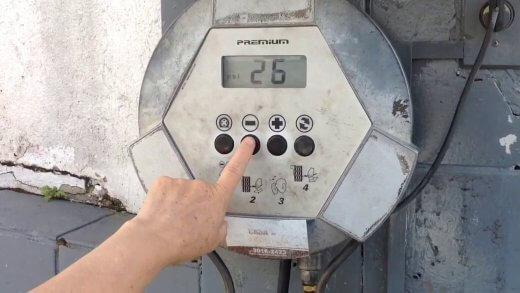 maxresdefault-520x293 Homem morre eletrocutado ao tentar calibrar pneu em posto