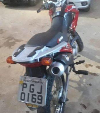 moto_roubada_-348x390 Moto roubada em Santa Cruz-PE é recuperada na cidade de Sumé