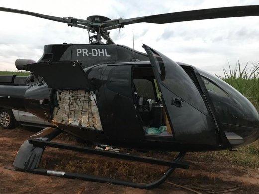 pf-apreende-helicoptero-carregado-com-cocaina-520x390 PF apreende em SP meia tonelada de cocaína em helicóptero usado pelo PCC