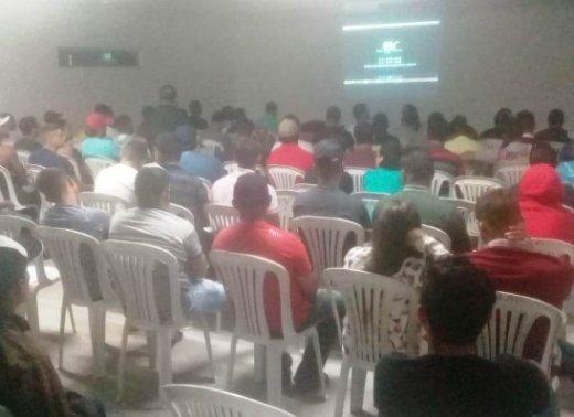 timthumb-9-520x378 Curso de Operador de Máquinas Pesadas em Monteiro capacita 120 pessoas