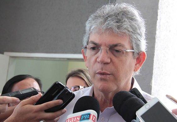 1-666-563x390 Ricardo volta a criticar gestão Bolsonaro e denuncia: 'Venderam aeroporto pela metade do preço de um avião'