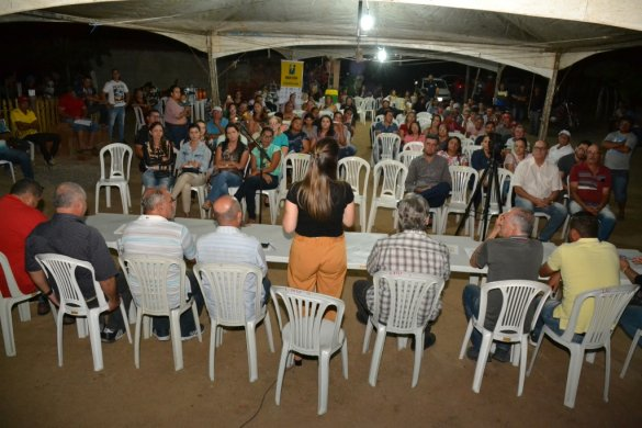 Dialogando-004-585x390 Dialogando com o Povo ouve mais comunidades rurais em Monteiro