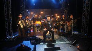 Grupo de forró Gente Boa lança EP gravado no Teatro Jansen Filho em Monteiro