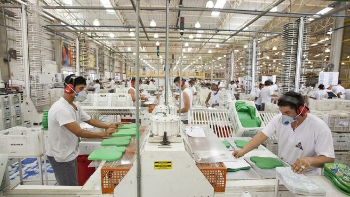 Industria-990x556-694x390 ALPARGATAS E COTEMINAS ANUNCIAM DEMISSÃO EM MASSA: Campina Grande totaliza 1200 desempregados em dois dias